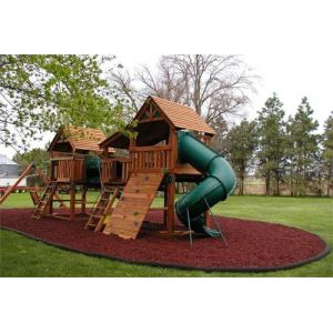 Red Rubber Mulch Customer Photo 1